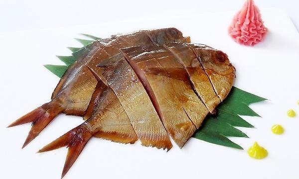 Guangzhou features snack Smoked pomfret